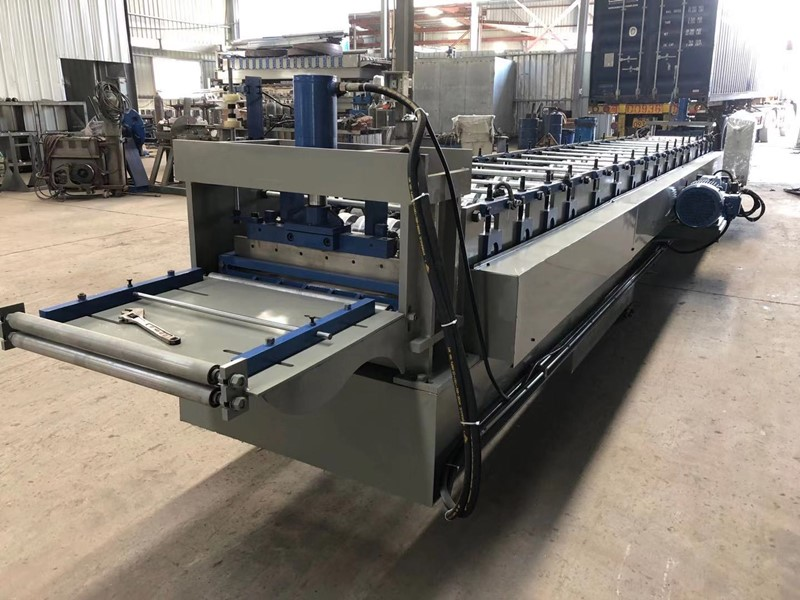 Decking and Bending Machine to Japan