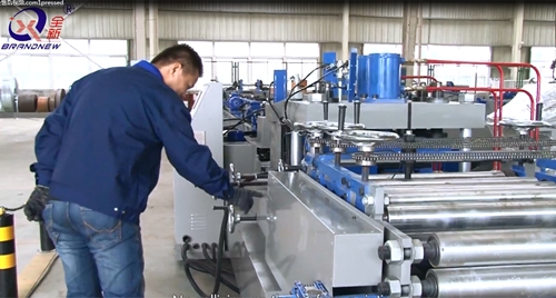 The Operation Video of CZ Purlin Roll Forming Machine